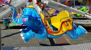 spinning kiddie ride